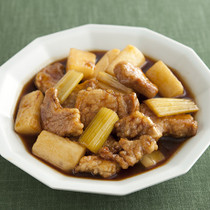 豚肉と長いもの黒酢煮