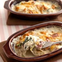 ベーコンと小松菜のクリームグラタン