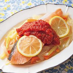 鮭の蒸し焼き トマトソース