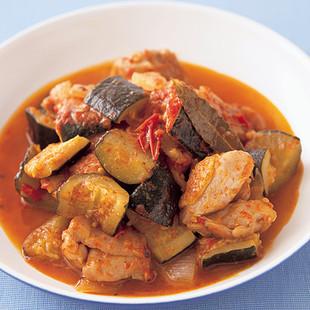 ズッキーニととり肉のトマト蒸し煮