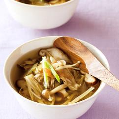 干しきのこと長ねぎのスープ