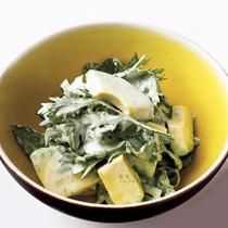 アボカドと春菊のヨーグルトサラダ
