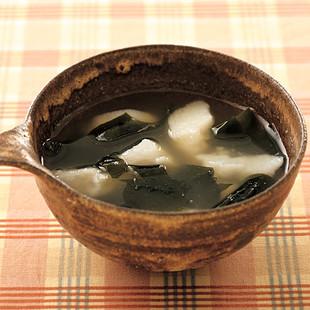 長いもとわかめのスープ