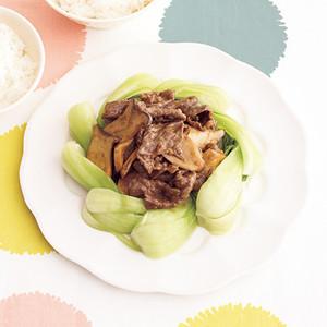 中華風牛しぐれ煮チンゲンサイ添え