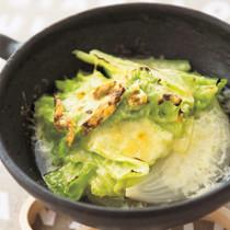 春キャベツと新玉ねぎのチーズ焼きスープ