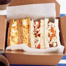 チキンと卵のサンドイッチ弁当