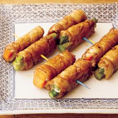 豚肉のバター黒酢野菜巻き串