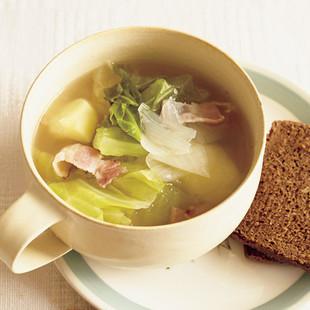 キャベツと春野菜スープ