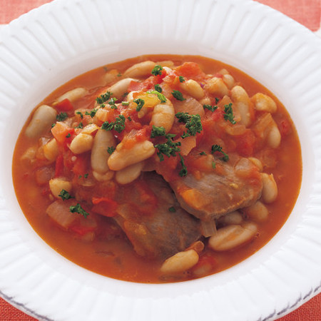 塩豚と豆のトマト煮