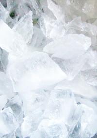 クラッシュアイス、氷はタッパーで!