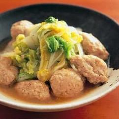 ひき肉だんごと白菜のスープ煮