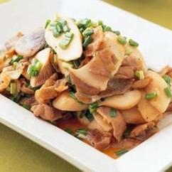 豚バラ肉のエリンギ炒め