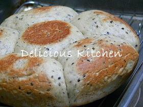 炊飯器で作るごまパン