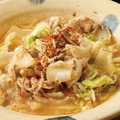 白菜と豚バラ肉のにんにくみそ鍋