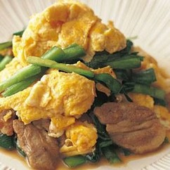豚肉とにらの卵炒め