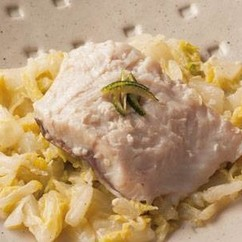 白身魚の塩麹(こうじ)蒸し