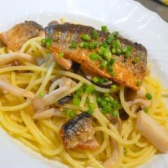 秋刀魚と松茸のペペロンチーノ