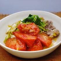地鶏とトマトのすき焼き