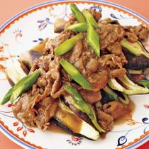 蒸しなすの中華風牛肉あんかけ