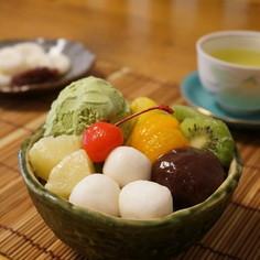 抹茶アイスと白玉フルーツあんみつ