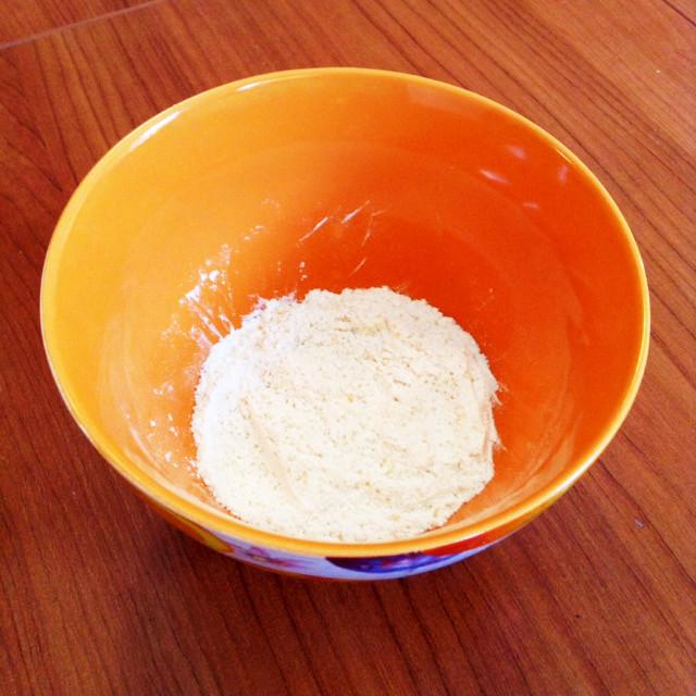 50g 小麦粉 小麦粉50グラムは何cc(何ml)か?小麦粉100gは何ミリリットルか?小麦粉30gは何ml(何cc)か?【小麦粉の比重(密度)】