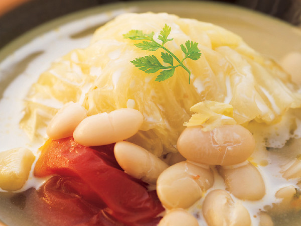 キャベツと豆のスープ