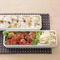 チキンのトマト煮+りんごサラダ弁当