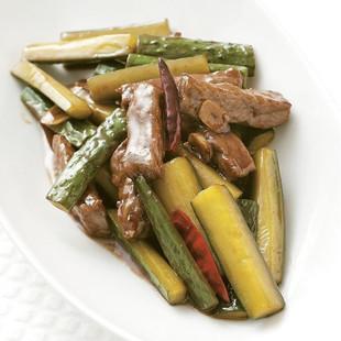キュウリと牛肉の炒め