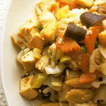 五目野菜と豆腐の炒め物
