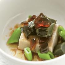 牛蒡豆腐のピータンのせ