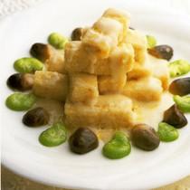 豆腐のミルクソースかけ