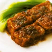 揚げ豆腐の煎り煮込み