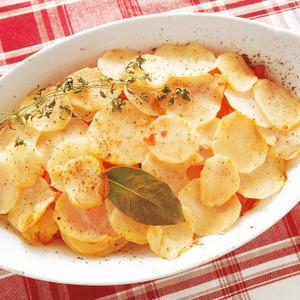 ジャガイモとトマトの蒸し煮