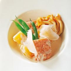 秋鮭とジャガイモの煮込み