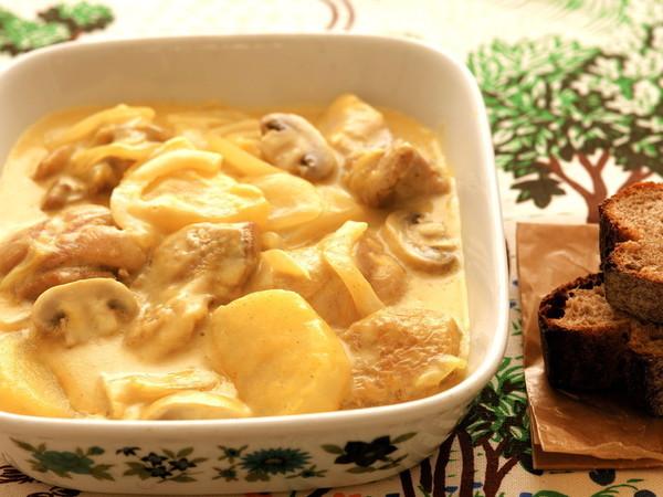 【鶏もも肉】カレークリーム煮