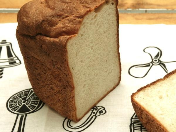 そば粉とカマンベールチーズのパン