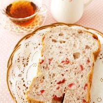 ダブルベリーとクリームチーズのパン