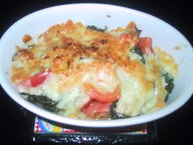 バジルたっぷり茄子とトマトのチーズ焼き