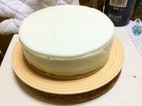 レアメロンヨーグルトムースケーキ。