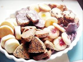 ●1つの生地で一気に7種!サクサククッキー♪