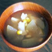 冬瓜 鶏肉 コーンのスープの写真