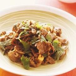 牛肉のしょうゆ炒め 青じそ風味