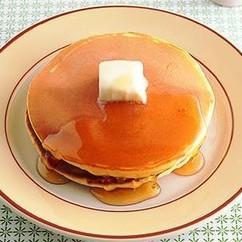 バターとはちみつかけホットケーキ