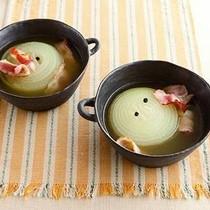 たまねぎとベーコンのスープ