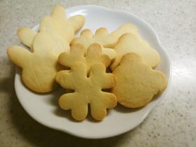 米粉とアーモンドプードルの型抜きクッキー
