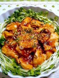 鶏胸肉と焼肉のたれで急ぎの一品^^