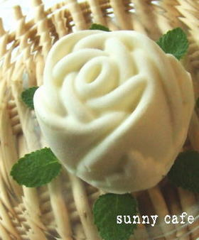 簡単レアヨーグルトケーキ