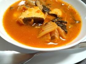 キムチで簡単!鱈のピリ辛スープ