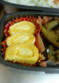定番の玉子焼き、チーズが真ん中でとろーり