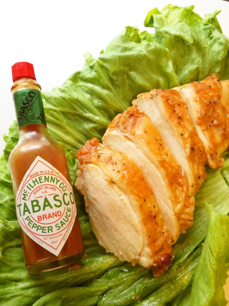 ☺オーブンで簡単♪鶏むね肉タバスコ焼き☺